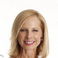 Холли Гренфелл - специалист в области дерматокосметологии