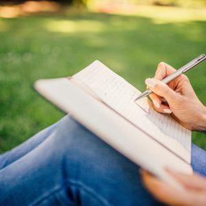 Книги, тетради, дневники